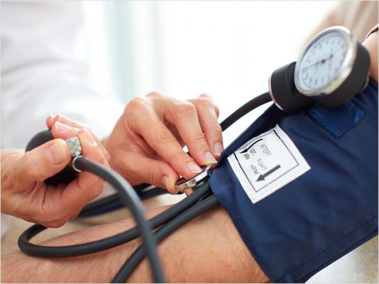 Лечение заболеваний пародонта способно снизить кровяное давление