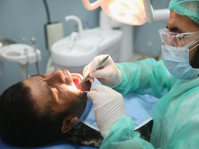 Киста в полости рта. Почему нельзя игнорировать и как лечить.