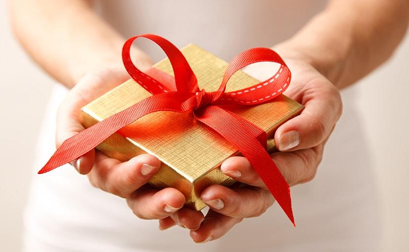 Уникальные подарки для женщин и мужчин на все случаи жизни