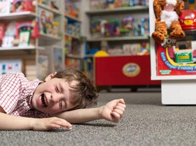 Ребенок капризничает — что делать