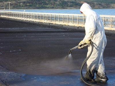 Устройство литой гидроизоляции и комплексной теплогидроизоляции