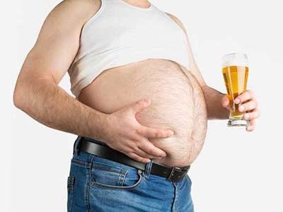 Как спиртные напитки влияют на вес человека